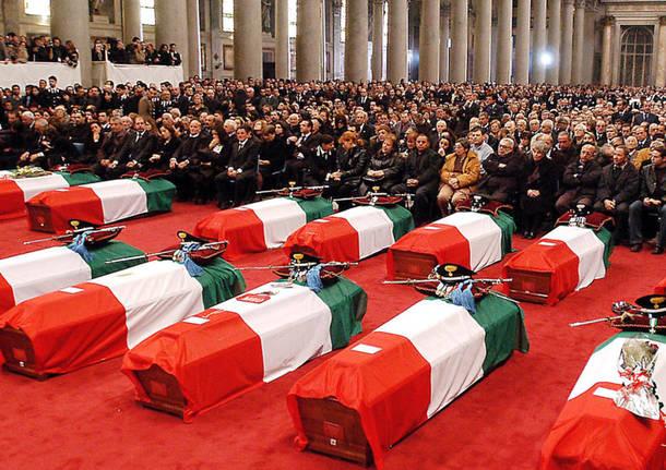 12 novembre 2003, la strage di Nassiriya. 17 anni fa l'attentato al contingente italiano in Iraq